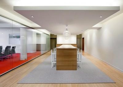 DLAPiper_boardroom_03